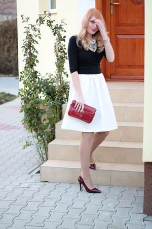 Burgundy Zara Heels Zara Necklaces White H Amp M Skirts