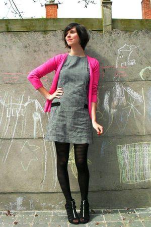 Gray Dresses Pink Cardigans Black Tights Black Shoes