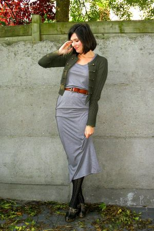 Black Tights Gray Dresses Green Cardigans Browns Brown