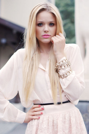light pink zara shirts black accessorize belts light
