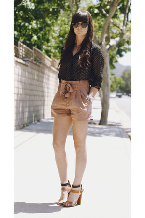 "Brown Heels, Light Brown Shorts, Black Polka Dot Blouses | ""Back ..."
