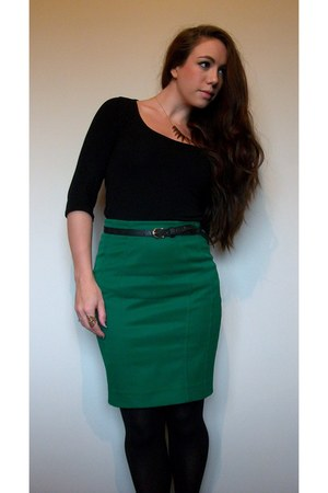 green zip back pencil h m skirts black h m belts black