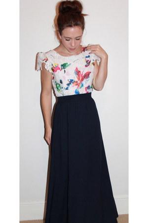 white floral dress dresses navy maxi skirt newlook shirts