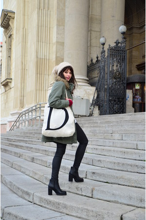 Beige Tote Atmosphere Bags Black Ankle Boots New Look