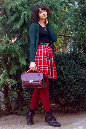 Ruby Red Plaid Pleated Thrifted Skirts Brick Red Tights