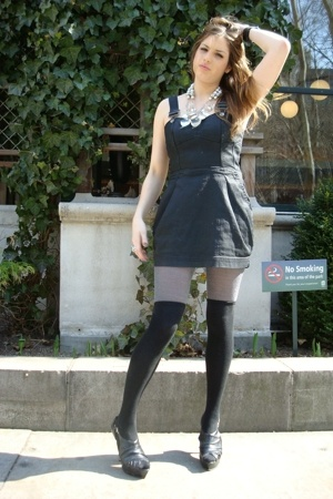H Amp M Stockings Hue Tights H Amp M Dresses Forever 21 Shoes