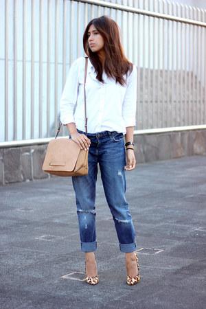 navy boyfriend jeans zara jeans white gap shirts tan