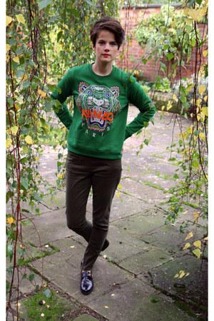Popular in Sweaters