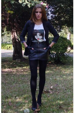 Black Striped Calvin Klein Blazers, Black Leather Skirts, White ...