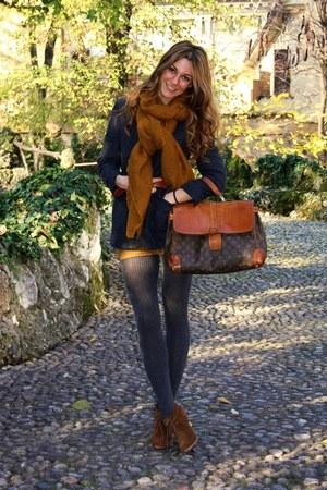 Dark Brown Shoes Burnt Orange Dresses Navy Blazers Dark