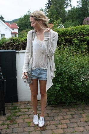 Beige Andersen & Lauth Cardigans, White Low Converse Shoes ...