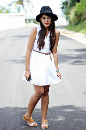 White Eyelet Dresses Black Forever 21 Hats Brown Sandals