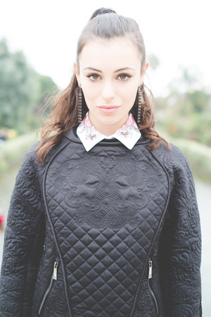 Black quilted pinko sweaters white pinko shirts black for Black sweater white shirt