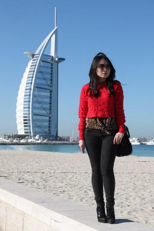 Skinny arab