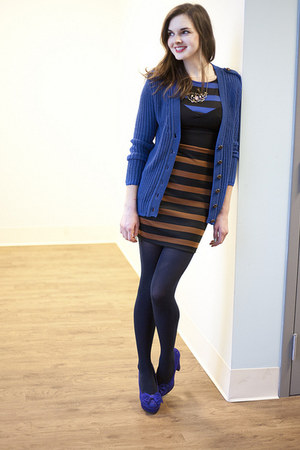 Tights With Navy Dress Brown Shoes