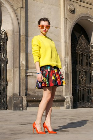 Yellow Oversized Zara Sweaters Blue No Name Bags Red