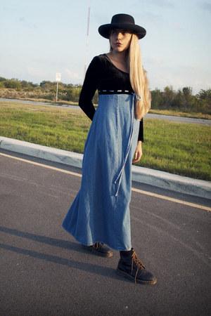 Black Dr Martens Boots Black Velvets Jeans All That Jazz