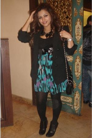Black Forever 21 Dresses Black Zara Blazers Black Tights