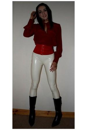 Milf en leggins color hueso - 5 5