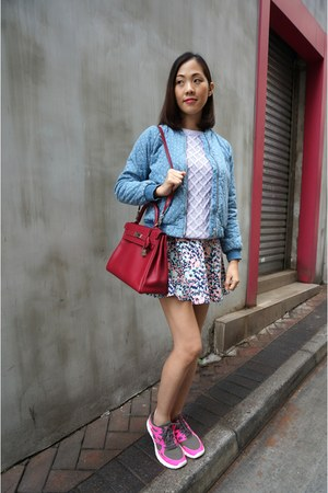 Sky Blue Gap Jackets, Periwinkle Zara Sweaters, Ruby Red Kelly Bag ...