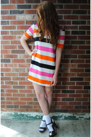 Hot Pink Color Block H Amp M Dresses White Socks Dark Brown