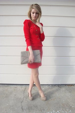 Red Thrifted Vintage Dresses Beige Clutch Thrifted Bags Beige Platform Forevers | U0026quot;New Year ...