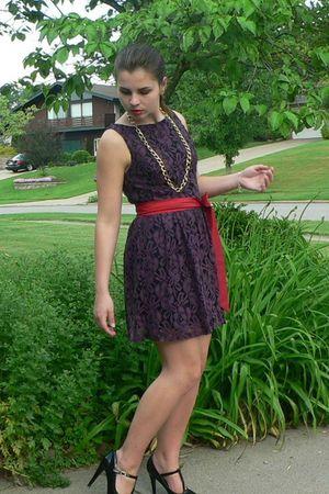 Purple Dresses- Red Belts- Gold Accessories- Black Shoes - &quot-Plums ...