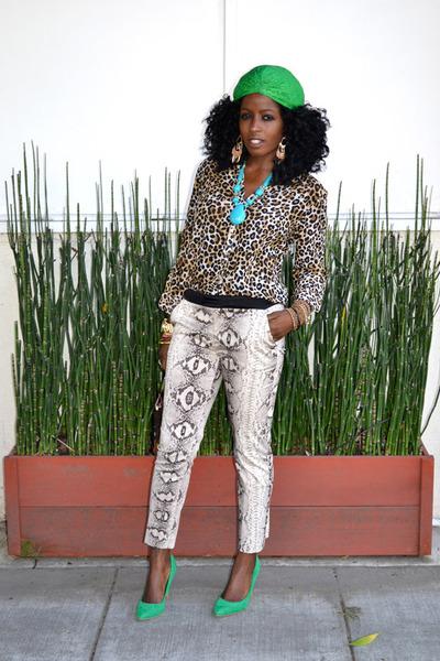 dark brown Crocodile bag - light brown leopard blouse - eggshell snakeskin pants