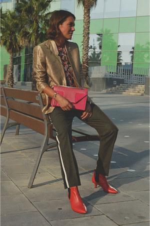 Gold Metallic Weekday Blazers, Shoulder Bag Yves Saint Laurent ...