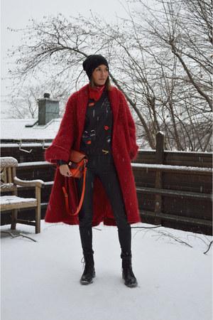 Red Oversized H&ampM Trend Coats Black Biker Boots Costume National