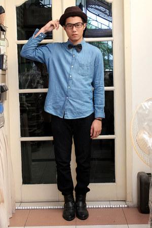 Men S Sky Blue Denim Shirts Black Buckle Boots Black