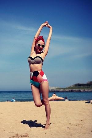 Retro hoch taillierter Bikini