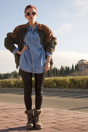 brown vintage jackets camel panama boots black
