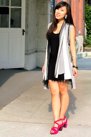 black dresses gray imaxine cardigans green air space