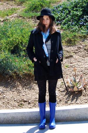 Black Vintage Hats Blue Rain Boots Nine West Boots Black