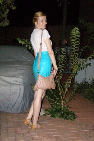 Pink Glow Purses, Turquoise Blue Leather Skirts, Light Pink Cache ...
