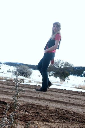 red ralph lauren ts shirts brown cowboy boots blue