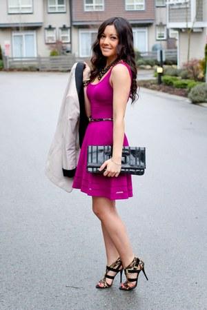Hot Pink Guess Dresses, White Studio H&M Blazers, Black Leopard ...