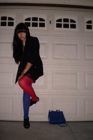 Blue Blazers Black Dresses Red Tights Blue Tights