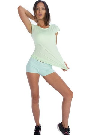 Cool workout clothes for women