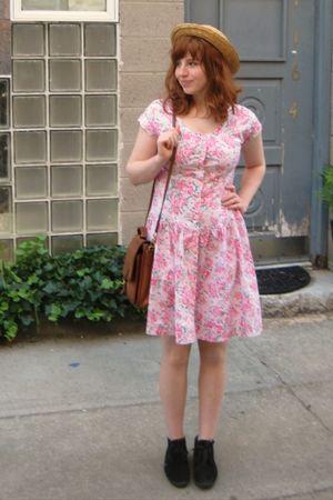 Pink Vintage Dresses Black Booties Keds Shoes Brown