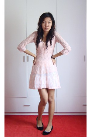 light pink dresses black shoes quot friends or