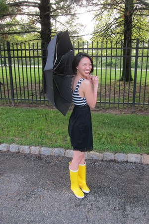 Yellow Rainboots Tretorn Boots White Love Culture Dresses