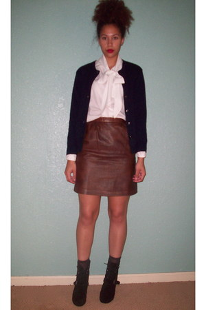White Bow Tie Vintage Blouses, Dark Brown Leather Vintage Skirts ...