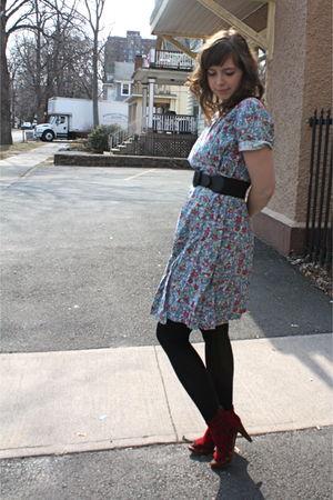 Blue Vintage Dresses Black Tights Red Jeffrey Campbell