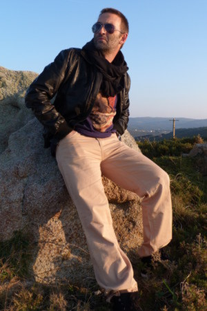 Black Aviator Ray Ban Sunglasses, Black Leather Jacket ...