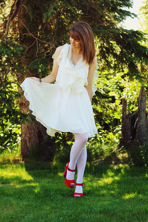 White Sugarlips Dresses White Tights Hot Pink Heels