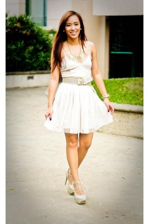 Gold Necklace Accessories, Nude Heels Janilyn Shoes, White Forever ...