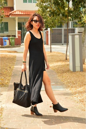 black ankle boots cos boots black maxi dress mphosis