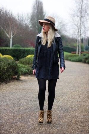 Leopard Print Zara Boots, Smock Dress